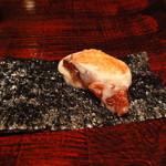 吉田牧場 - 大阪のカハラで出てきた吉田牧場の焼きカチョカバロの海苔巻き