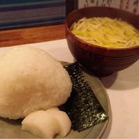 季節料理かたやま-塩むすび/黄ニラのみそしる✩︎⡱