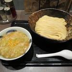 三ツ矢堂製麺 - ゆず風味 魚介豚骨つけめん