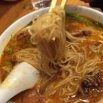 我流担々麺 竹子 - 麺リフトしてみました
