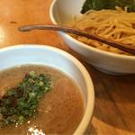 つけ麺処 三ッ葉亭 - つけ麺(730円)
