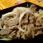 新 オッと屋 - 羊肉の炒め物