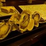 地魚と百日地鶏 大 - 焼き牡蠣