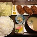 とんかつのゆき藤 - 写真でみると普通に見える不思議なバランス。ひれカツ松+ご飯ちょい盛
