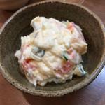 栃木屋 - マヨと酢?の酸味が特徴的