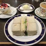 ロンドンティールーム - Afternoon Tea Set + バニラアイス