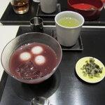 虎屋菓寮 - 冷やし汁粉(つぶあん)