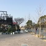 47991900 - 天王寺公園エントランス「てんしば」内にあるカフェです