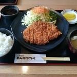 とんかつ一代 - 料理写真:吟上ロースかつ定食(200g)1,800円