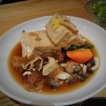 47995045 - 島豆腐と野菜の柚子すき煮