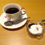 楽宴乃間 純家 -すみか- - H28.02.28 サービスの「コーヒー」&「杏仁豆腐」