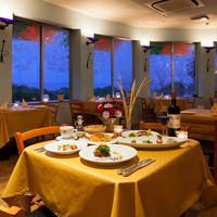 イタリア料理 リストランテ フィッシュボーン - 瀬戸内海を一望できる2階レストラン席