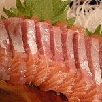 粥茶屋 写楽 - この見事に脂の乗った紅鮭を一人で独占!(12/26)