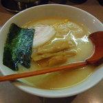 竜馬 - 味玉ラーメン750円