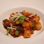 ポンテ デル ピアット - ホタルイカと菜の花のトマトソース ニョケッティ サルディ