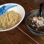 48012648 - ブラックつけ麺950円
