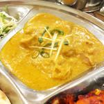 インド・ネパール料理 ナラヤニ - チキンカレー d(^_^o)