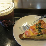 スターバックス・コーヒー - コーヒーとキッシュヒーティング