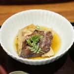 徳 うち山 - 鯛のアラ煮