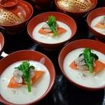 新都 - カリフラワーのスープ(雛祭りのお祝い)