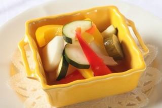 ラ・ベルデ - 【Insalata】カラフルお野菜の自家製ピクルス