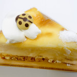 パティスリーマリアージュ - NO2ケーキてんとう虫が印象的