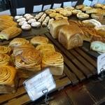 ブーランジェリー・フー - 店内のパン④