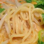黒椿屋 - 海老味噌の麺