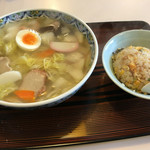 菊凰 - 五目ラーメン(¥700)+小チャーハン(¥300)