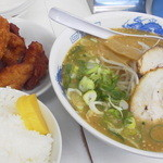 ラーメン日本一 - お昼の定食味噌 税込 800円