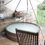 月の花 梟 - 部屋の露天風呂