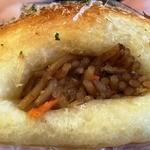 焼きたてパン工房 - 料理写真:焼きそばロール\153-