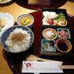 京旬膳 はなかご - 料理写真:箱弁当2,150円