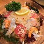 一平 - 一平海鮮サラダ