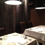 OGINO Red&Green Restaurant - 1階の半個室4名様掛けテーブル
