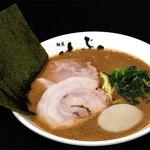 横浜家系 麺屋はやぶさ - Wチャー味玉らーめん 770円 ※チャーシュー2枚(豚バラ・肩ロース)+味玉