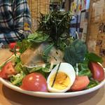 やきにく ホルモン 壱番 - 壱番サラダ盛り盛りやーん(≧∇≦)
