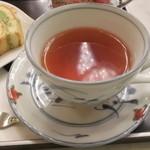 48066564 - 濃いめの紅茶