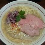 煮干中華そば鈴蘭 - 限定:鯵煮干し塩SOBA 780円