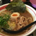 新徳島拉麺 まる徳ラーメン - 料理写真:ガチ徳(720円)