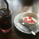 ふぁ-ま-ず・はうすア-ク - プチデザート&コーヒー