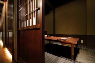個室接待・打ちたて蕎麦 永山 - クッションシートを採用により何時間でも疲れないんです。