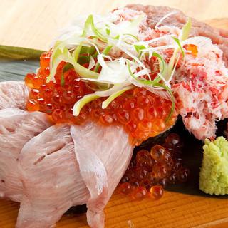 北海道八雲町より直送!料理長厳選の新鮮魚貝類の数々!!