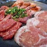 あみやき亭 - お肉4種盛り