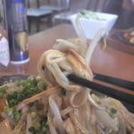 ビストロ ナチュレ - あんかけパスタの麺はこんな感じ