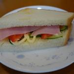 蒼いとき - 料理写真:2016.02 まさかのサンドイッチモーニング(たいしたものでなくても意外性で評価花丸)
