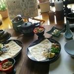 割烹 みつご - 料理写真:活ふぐ会席のスタート