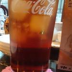 香港海鮮飲茶樓 - ウーロン茶
