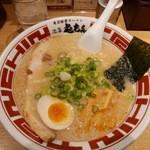 48103739 - 【東京豚骨ラーメン…680円】2016/2