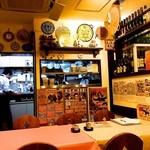 スペイン料理銀座エスペロ - 奥のキッチン